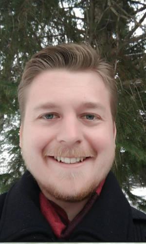 Ben Umholtz Headshot