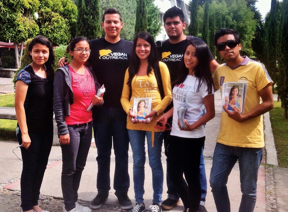 Emmanuel, Carlos, and volunteers at BUAP